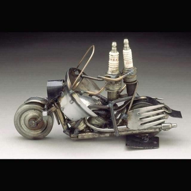 Awesome scrap metal sculptures